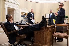 obama-feet-1