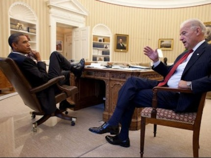 obama-feet-3