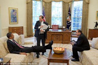 obama-feet-5